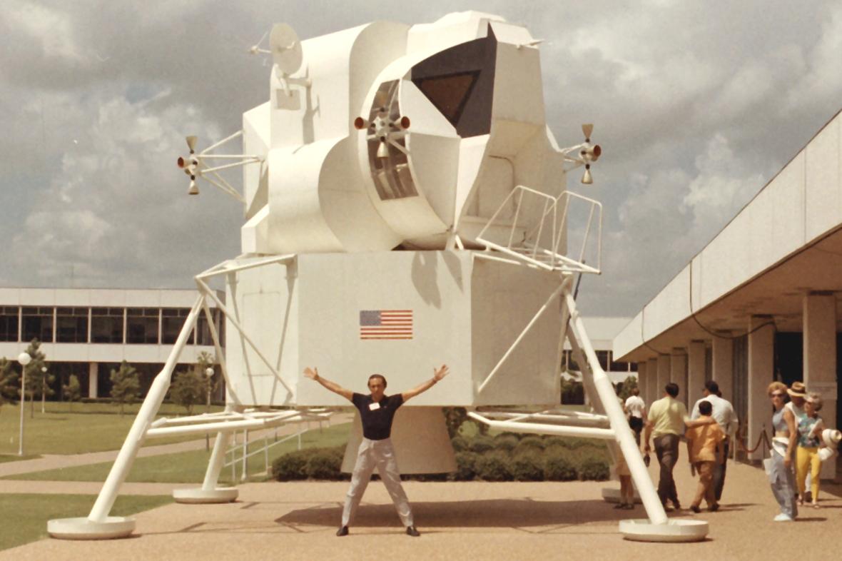 Luca Liguori NASA Conferenza Mirasole astronomia lombardia